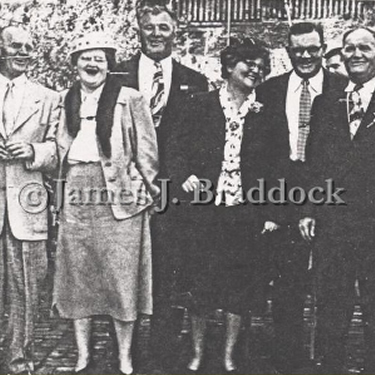 Jack Braddock, Julia Klink, James J. Braddock, Nellie Mallon, Al Braddcok, and Joe Braddock.